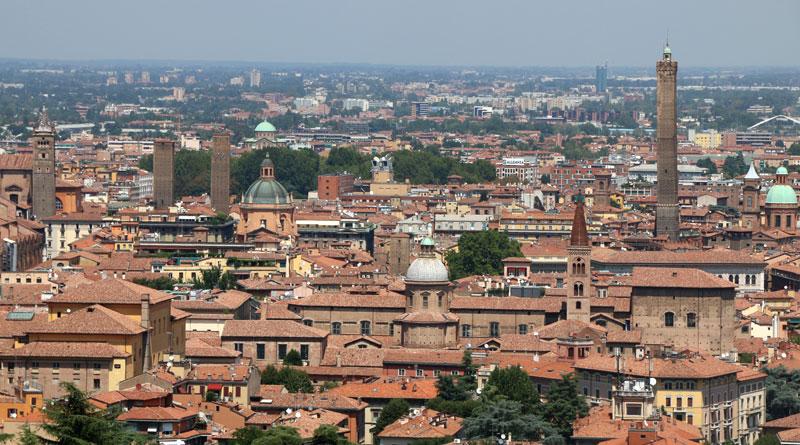 Bologna vista da San Michele in Bosco @torridibologna