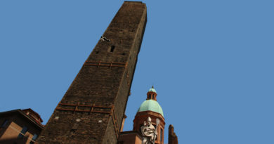 Torre Garisenda, Bologna @torridibologna