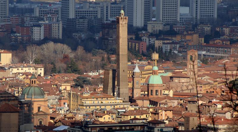 Veduta di Bologna dal Colle dell'Osservanza @torridibologna
