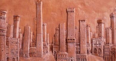 Torri di Bologna in terracotta di Tiziano Vincenzi