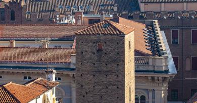 Torre dei Toschi, Bologna, @torridibologna