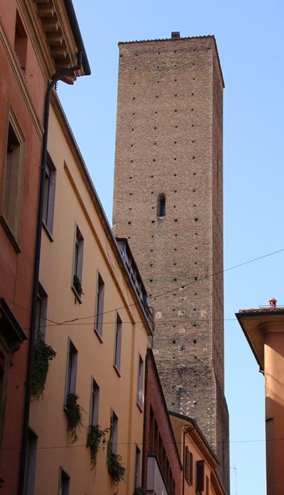 torre Azzoguidi (Altabella), Bologna @torridibologna